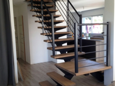 double escalier metallique avec palier escalier m tallique. Black Bedroom Furniture Sets. Home Design Ideas